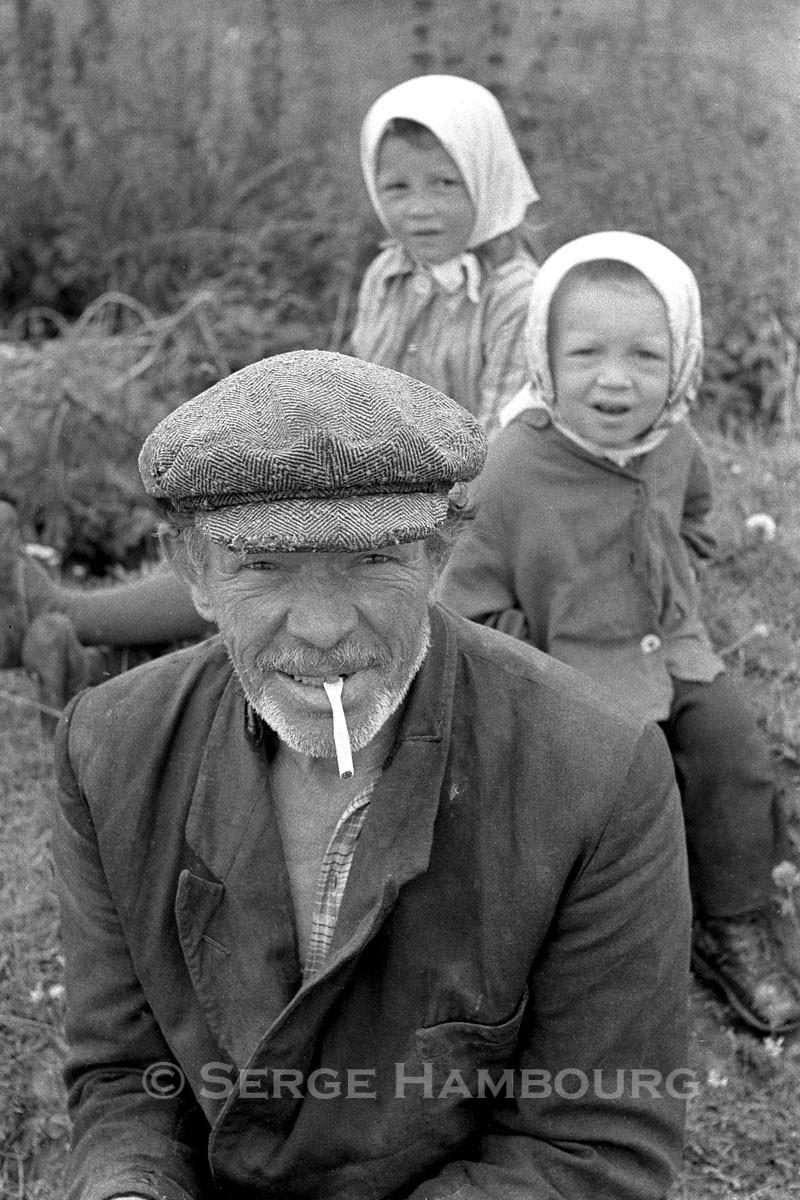 Paysan et enfants