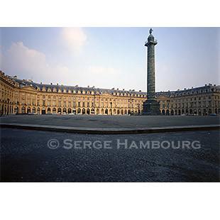 Pf_Paris