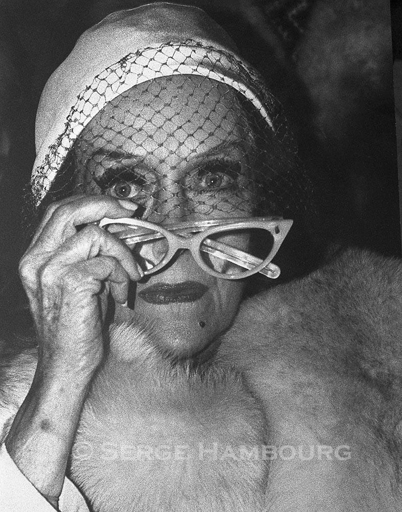 Gloria SWANSON 1974